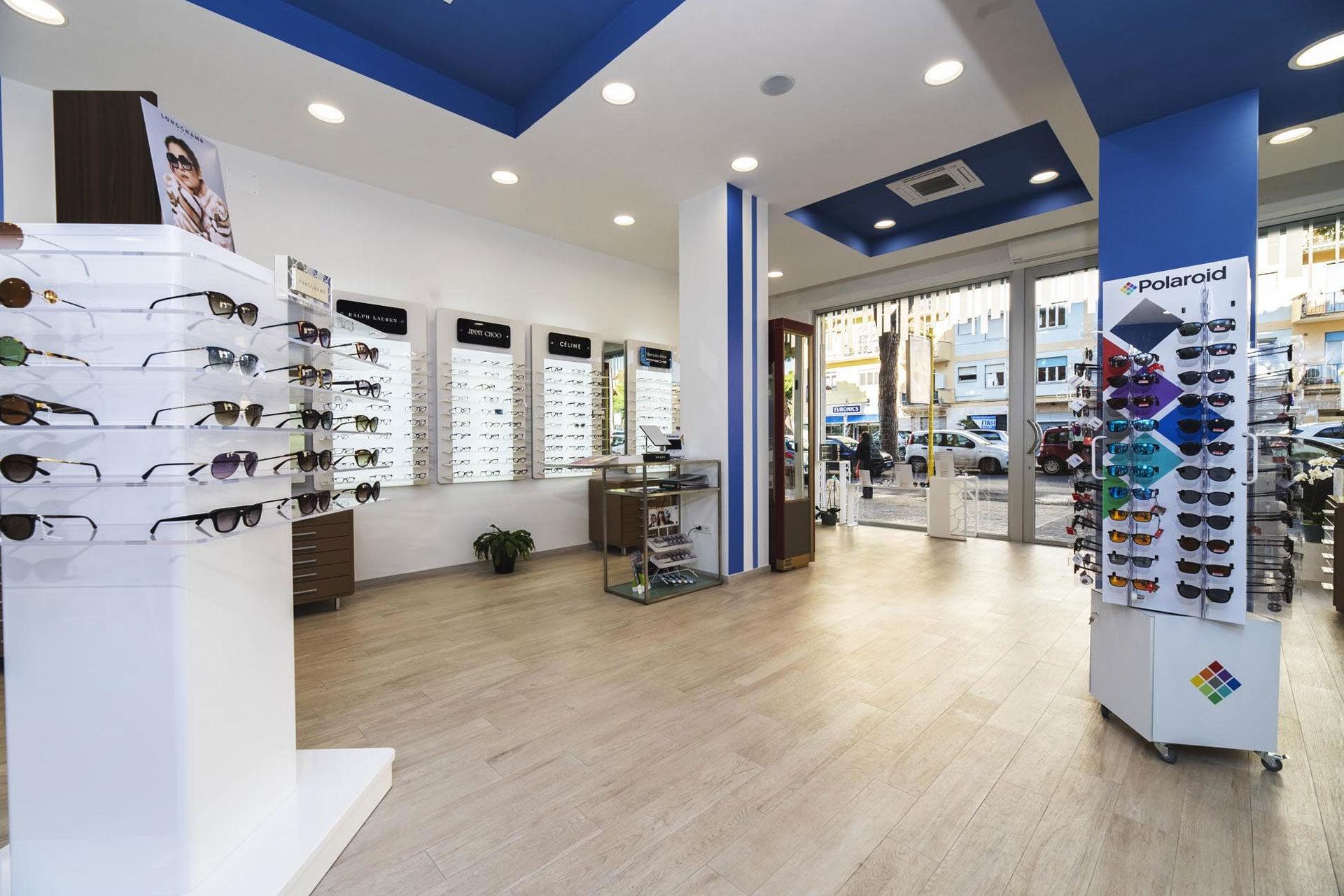 negozio occhiali ostia